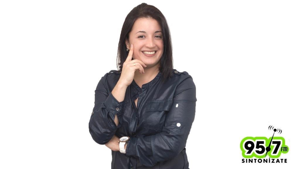 Carla González - Sintonízate 95.7